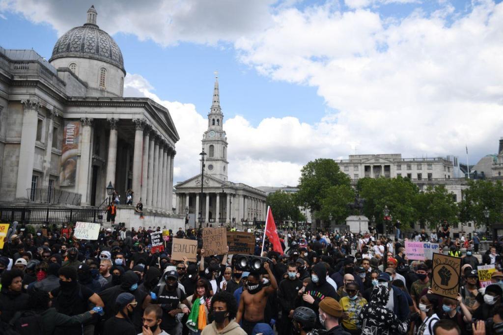 Manifestação anti-racismo em Londres