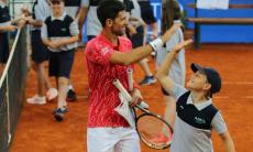 Covid-19: Djokovic e a mulher também acusaram positivo