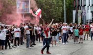 Adeptos do Estugarda festejam regresso à Bundesliga (EPA)