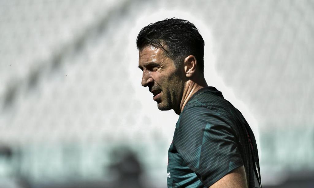 Buffon (AP)