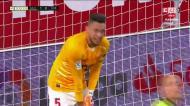 Ocampos marcou, acabou na baliza e segurou a vitória do Sevilha com esta defesa