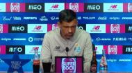Sérgio Conceição fala da tática 4x4x3 e não solta uma gargalhada