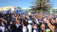 Centenas de adeptos apoiam FC Porto na saída para o Dragão