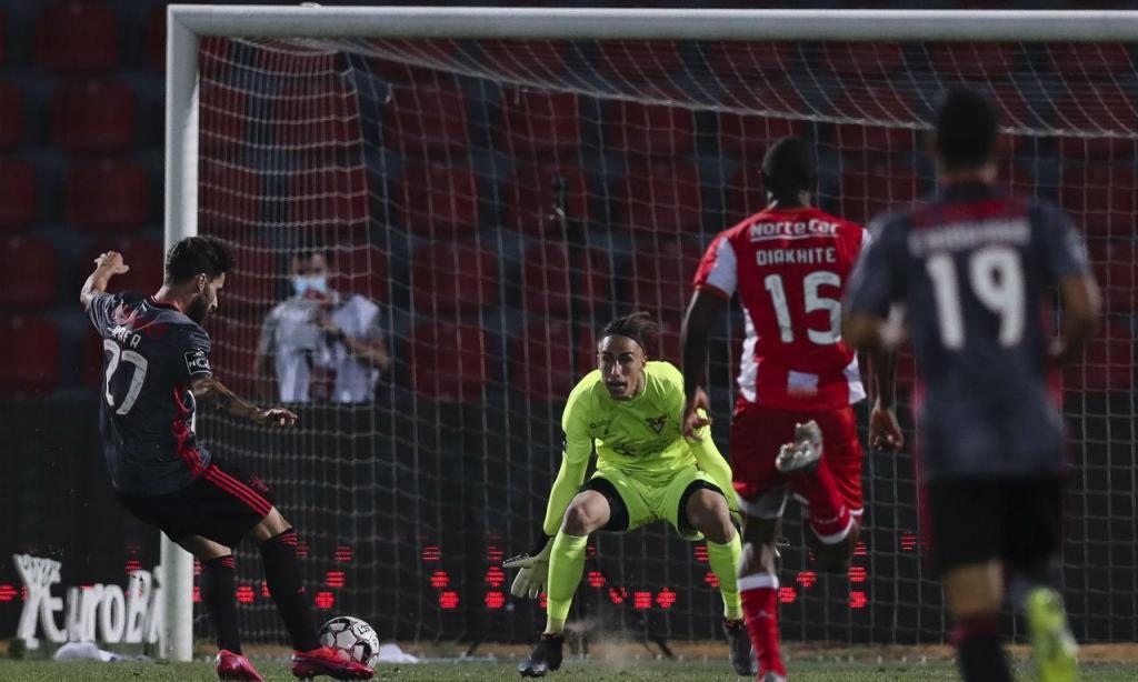 Desp.Aves-Benfica (Lusa)