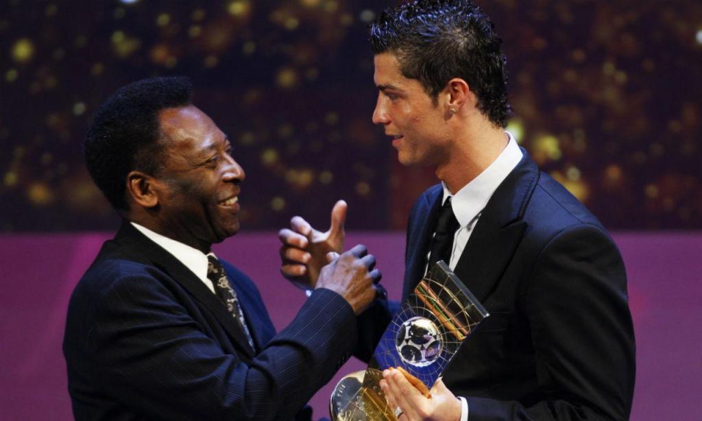 Cristiano Ronaldo e Pelé (AP)