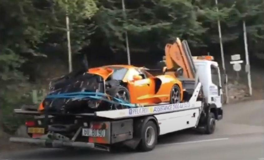 McLaren Senna LM após acidente (reprodução YouTube)