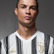 Os novos equipamentos da Juventus (twitter e site)