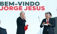 «Não vamos jogar o dobro, vamos jogar o triplo. Não tenho dúvidas: vamos fazer uma grande equipa e vamos arrasar», por Jorge Jesus, na apresentação no Benfica