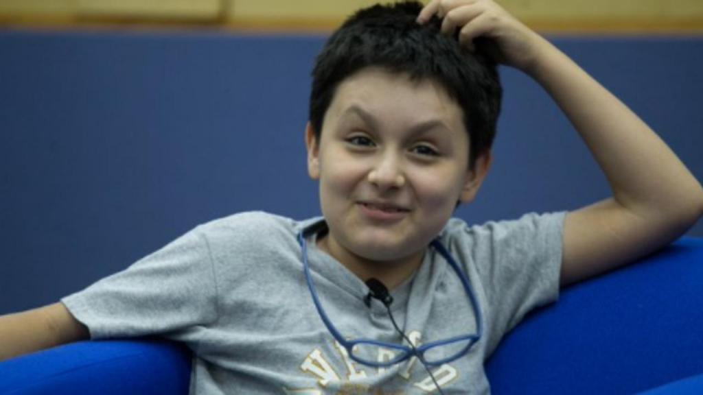 Carlos tem apenas 14 anos e vai para a sua segunda licenciatura