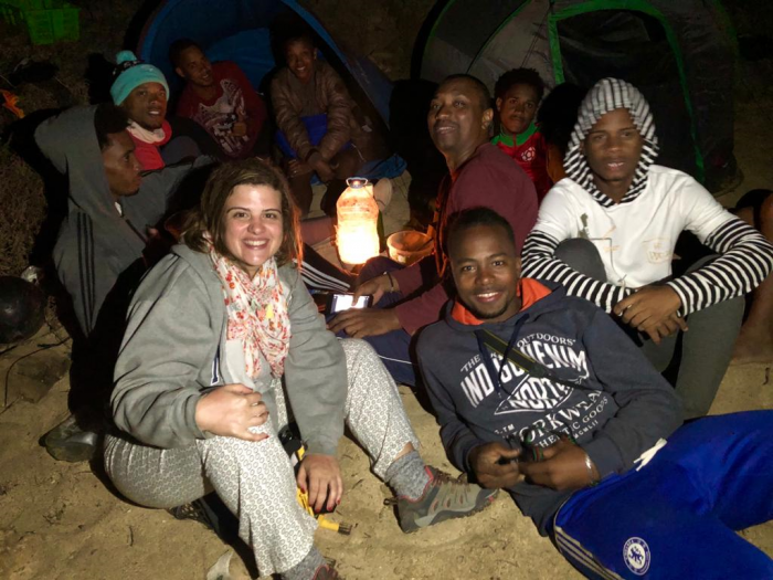 Catarina Canelas com voluntários da Biosfera em Santa Luzia, Cabo Verde