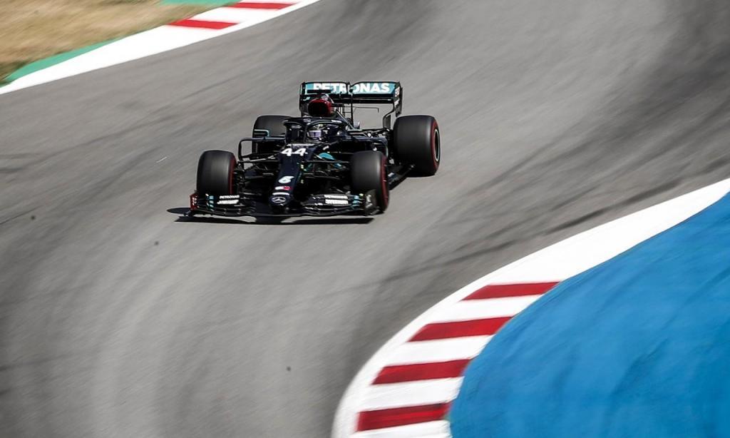 Hamilton vence GP Espanha (EPA/Emilio Morenatti)
