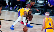 Los Angeles Lakers-Portland Trail Blazers: Play-offs NBA, Este. LeBron James e Damian Lillard em ação (Ashley Landis/AP)