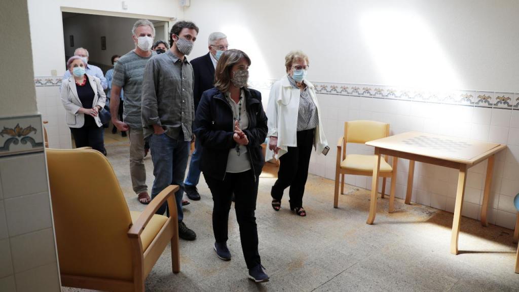 Catarina Martins visita o Centro de Apoio à Terceira Idade em Matosinhos