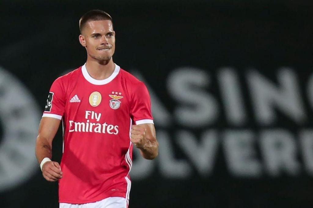 12.º Julian Weigl (Benfica): 17 milhões de euros