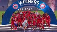 O momento em que os campeões europeus ergueram o troféu