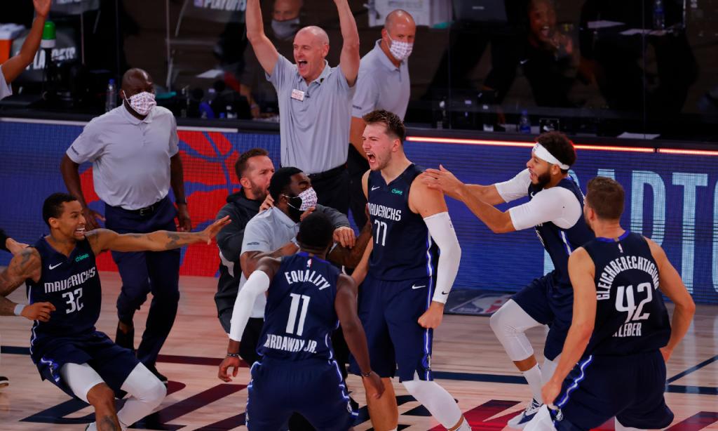 NBA, Mavericks-Clippers: Luka Doncic decide jogo 4 com triplo no último lance (Kevin C. Cox/Pool)