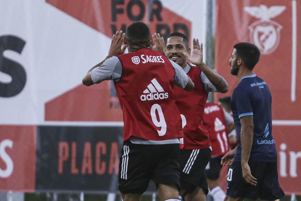 Benfica-Belenenses: jogo treino