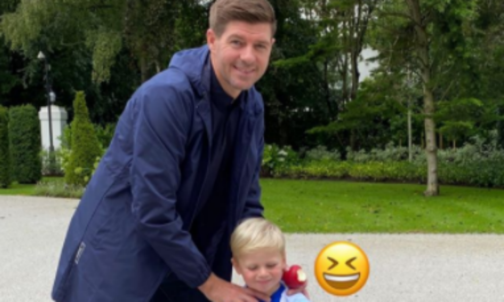 Steven Gerrard (instagram)