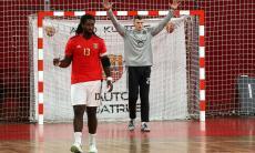 Andebol: Benfica vence e assume liderança isolada