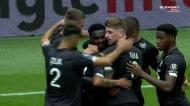 Bamba festeja golo da vitória do Lille com dedicatória a Boseman