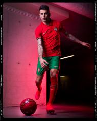 Os novos equipamentos de Portugal (foto FPF)