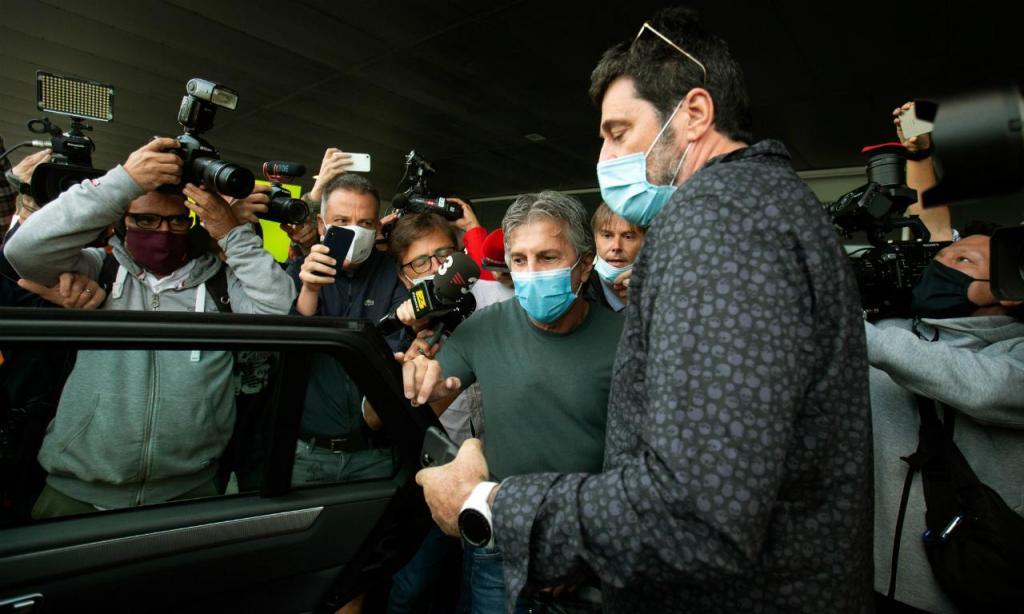 Chegada de Jorge Messi a Barcelona (EPA/Enric Fontcuberta)