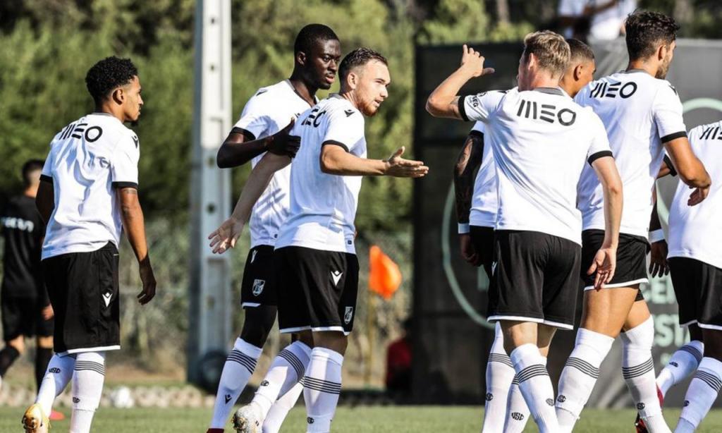 Pré-Época: Janvier marcou golo que decidiu o V. Guimarães-Ac. Viseu (Foto: Vitória SC)