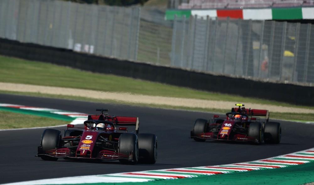 Vettel e Leclerc (Ferrari)