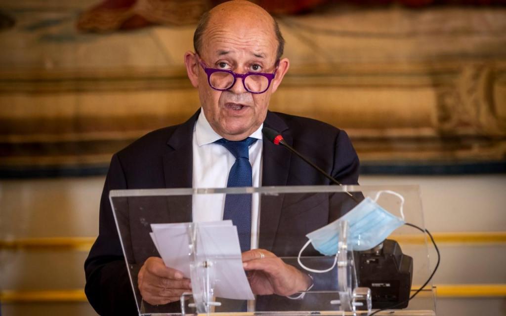 Jean-Yves Le Drian, ministro dos Negócios Estrangeiros francês, em Portugal