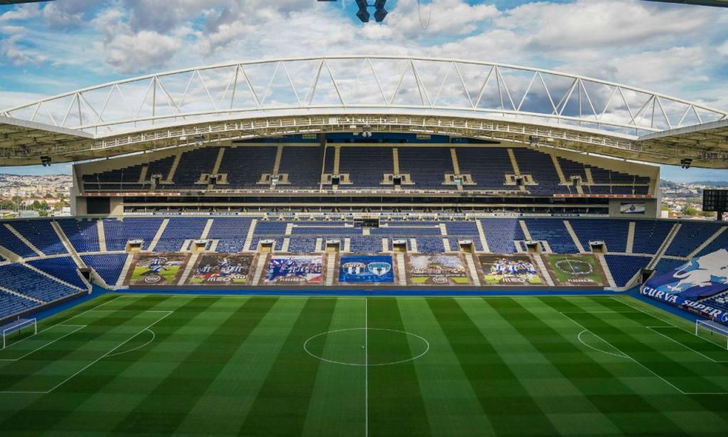 Estádio do Dragão preparado para a estreia na Liga