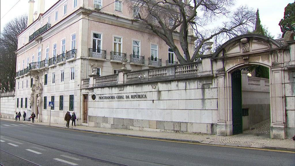 Onze contabilistas investigados por falsificação para terem acesso a linhas de crédito