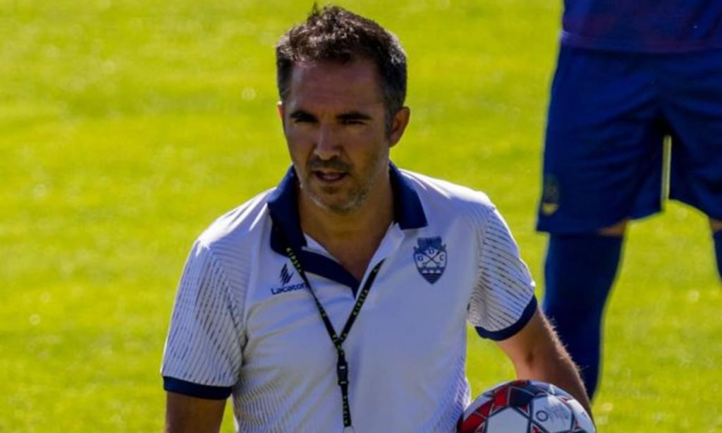 Carlos Pinto (Chaves)
