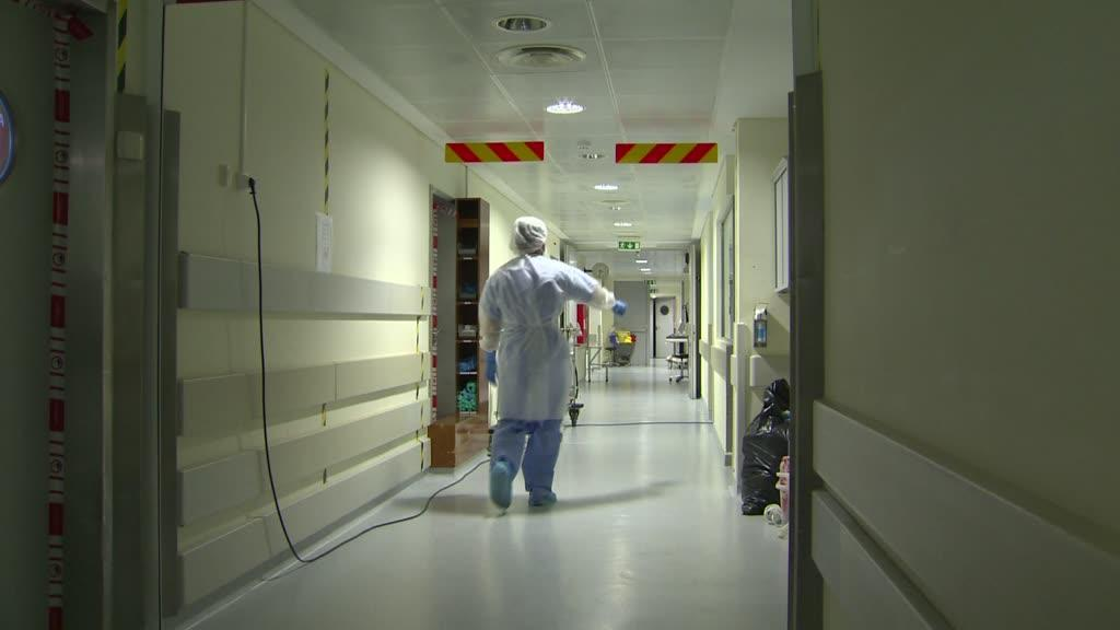 Covid-19: TVI mostra desinfeção do bloco operatório do hospital de Beja