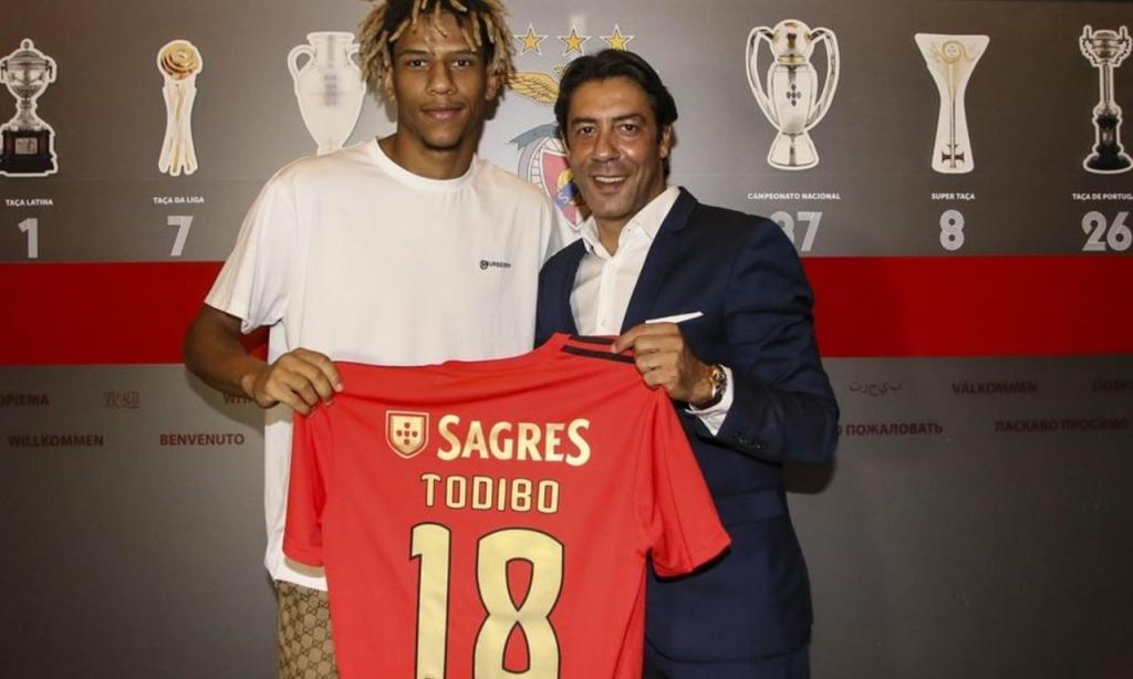 Todibo (Benfica)