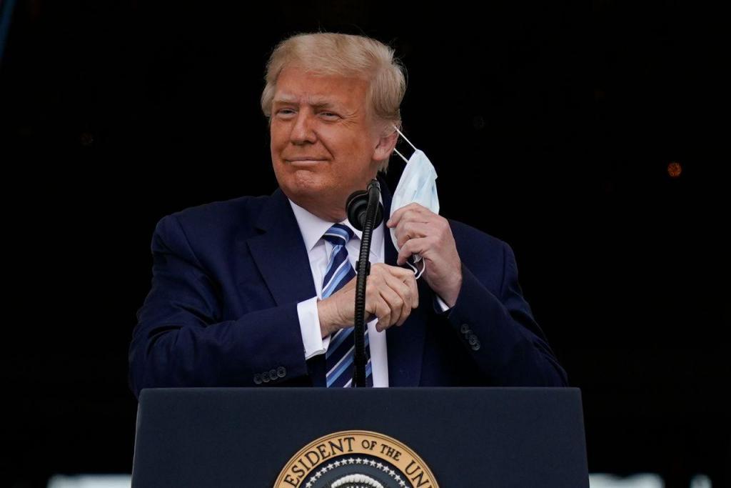 O primeiro ato público de Donald Trump após a infeção por covid-19