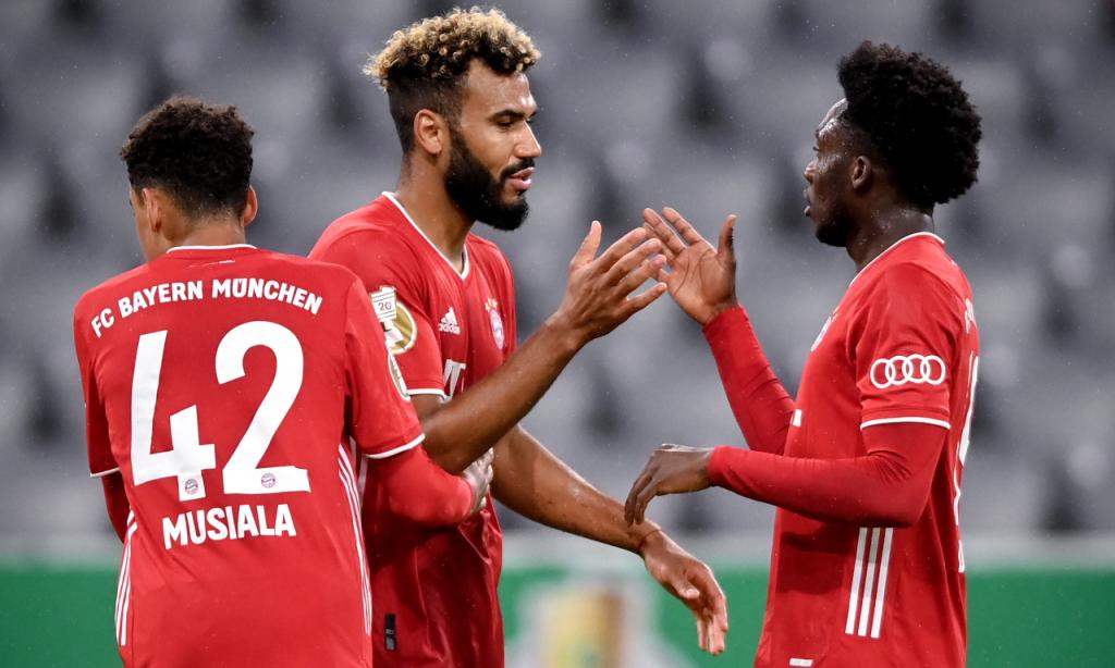 Taça da Alemanha: Duren-Bayern Munique. Choupo-Moting estreia-se pelos bávaros com bis (Lukas Barth-Tuttas/EPA)