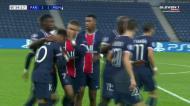 PSG empata frente ao United com autogolo de Martial