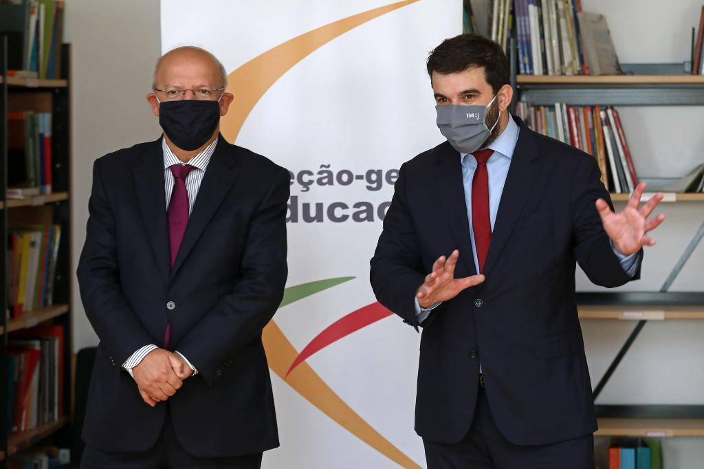 Ministros da Educação e dos Negócios Estrangeiros assinalam dia da ONU