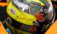 Lando Norris em Portimão com capacete inspirado no Galo de Barcelos