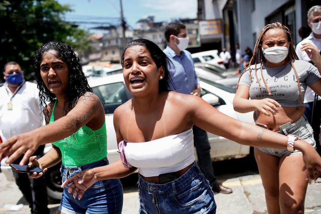 Incêndio no Hospital Federal de Bonsucesso no Rio de Janeiro