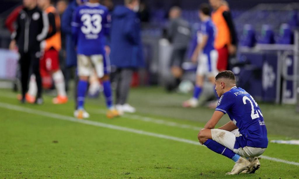 Schalke em crise com apenas dois pontos em seis jornadas