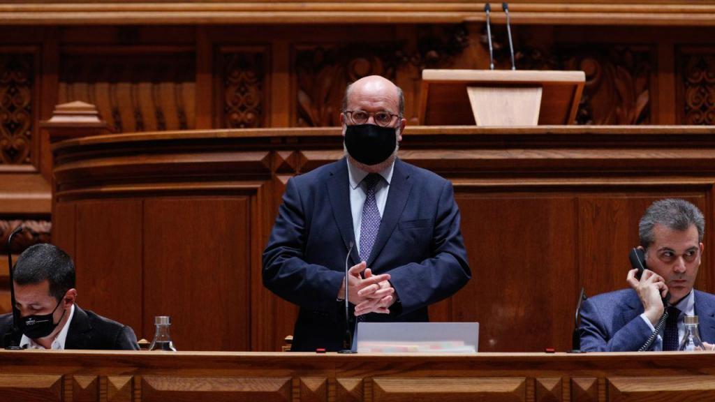 OE2021: Ministro do Ambiente destaca no parlamento investimento nos transportes
