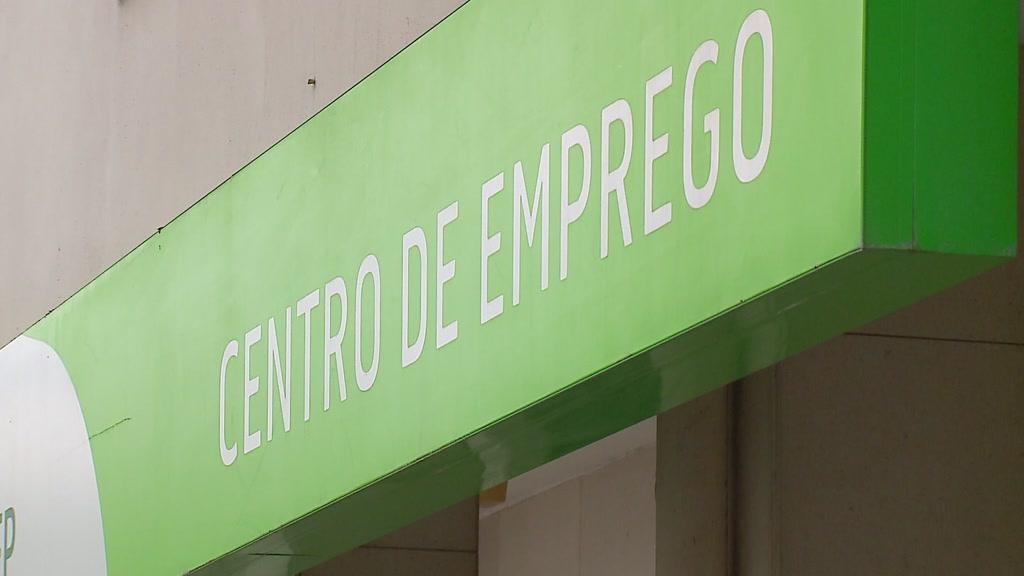 Impacto da covid-19 no turismo faz aumentar o desemprego no Algarve