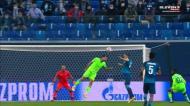 Zenit teve (literalmente) muita cabeça para inaugurar o marcador
