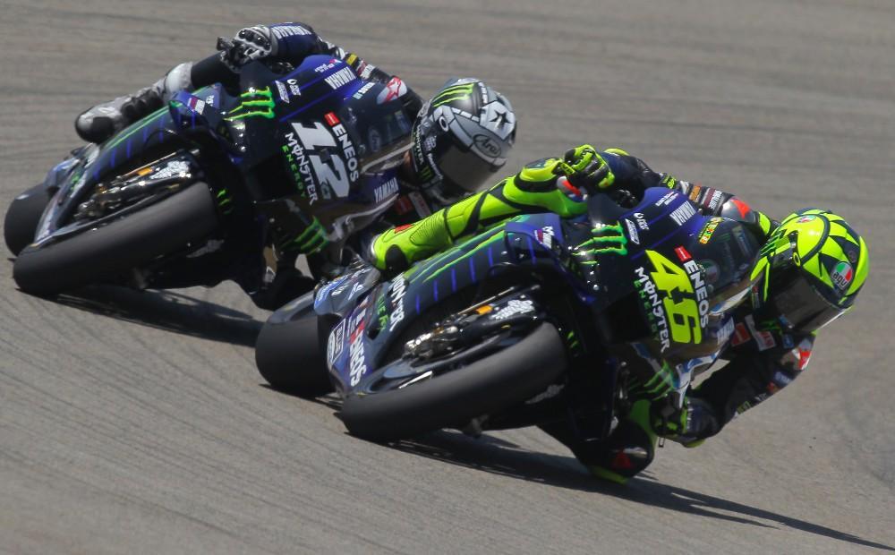 Valentino Rossi e Maverick Viñales (Associated Press)