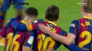 Messi faz o terceiro para o Barça de penálti