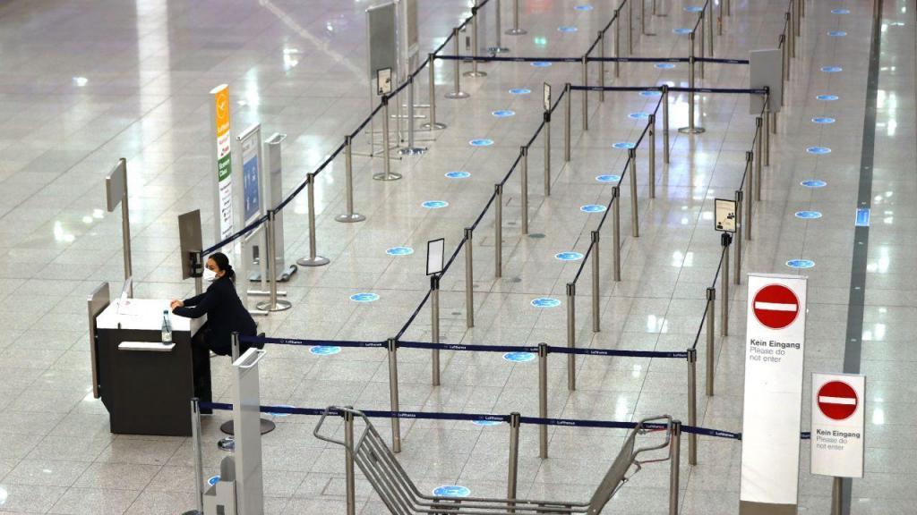 Covid-19: Aeroporto de Munique vazio