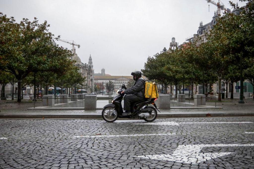 Liberdade de circulação limitada no Porto