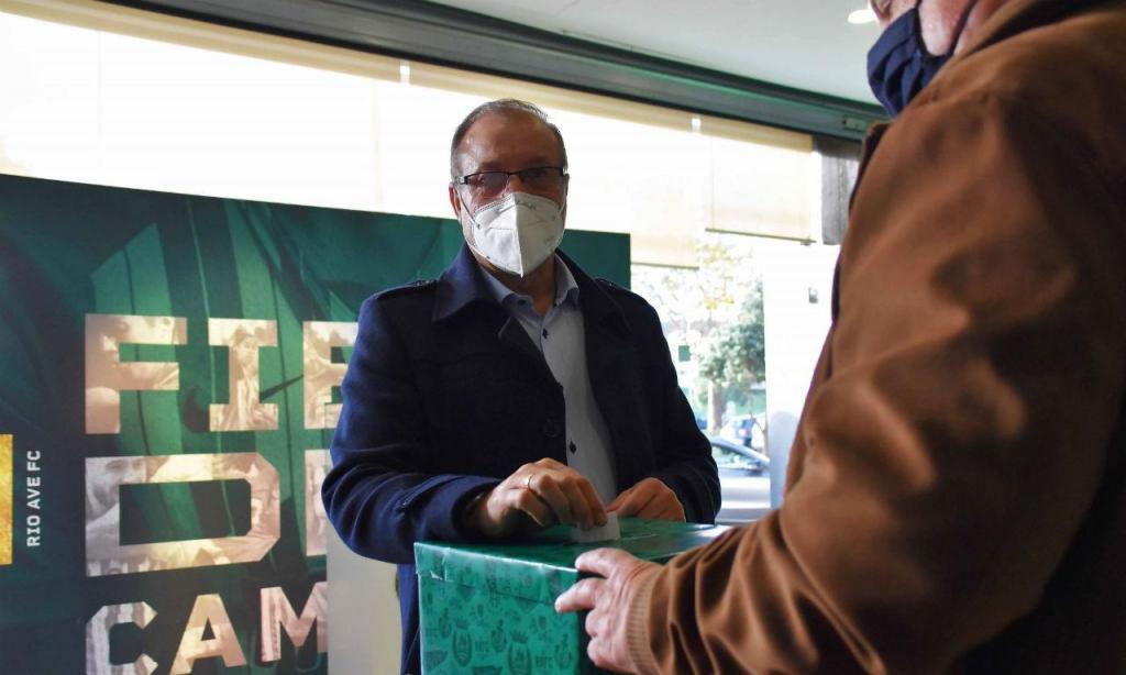 António Silva Campos reeleito presidente do Rio Ave