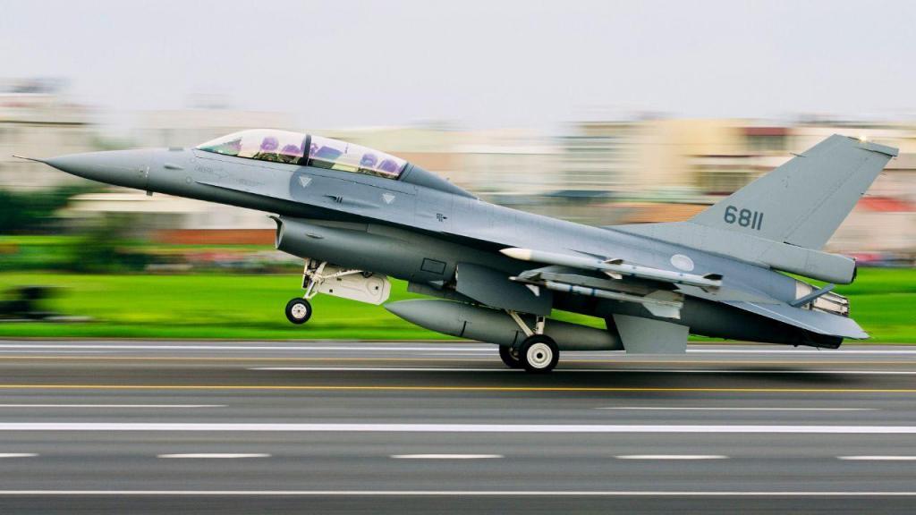 Caa F16